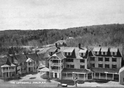 Postcard image of the Leffingwell Hotel