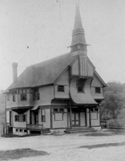Town hall in its original 1882 form